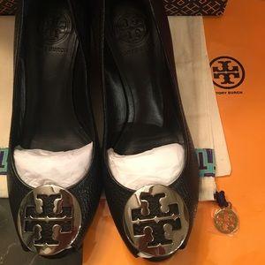 Tory Burch sally open peep toe wedge/size 6.5
